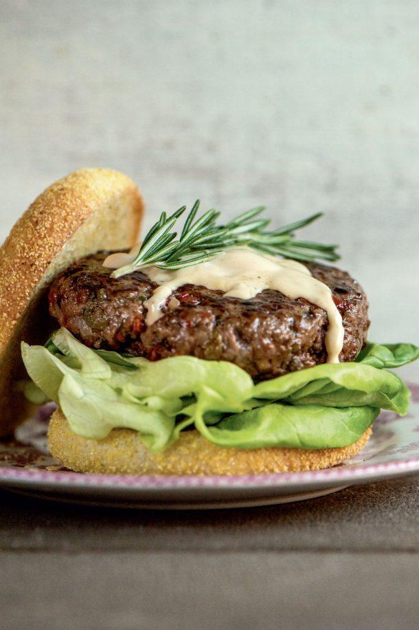 Burger de bœuf au romarin