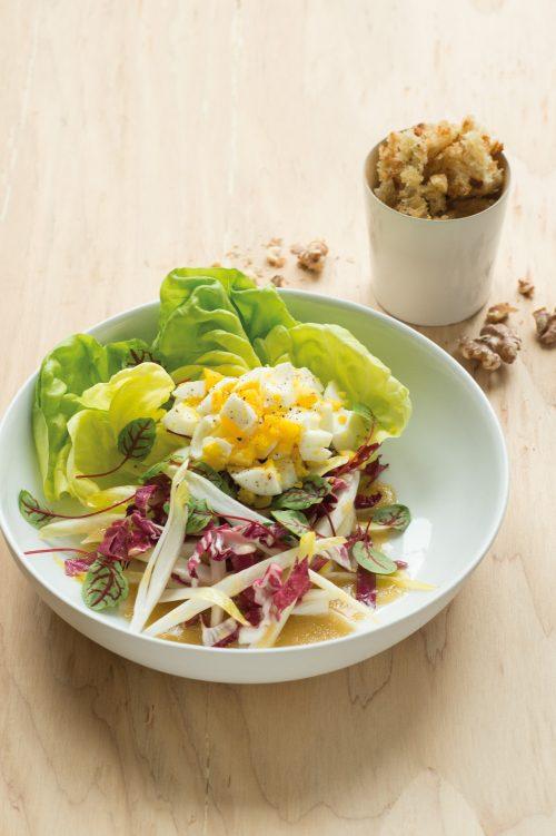 Salade d'oeufs et de noix