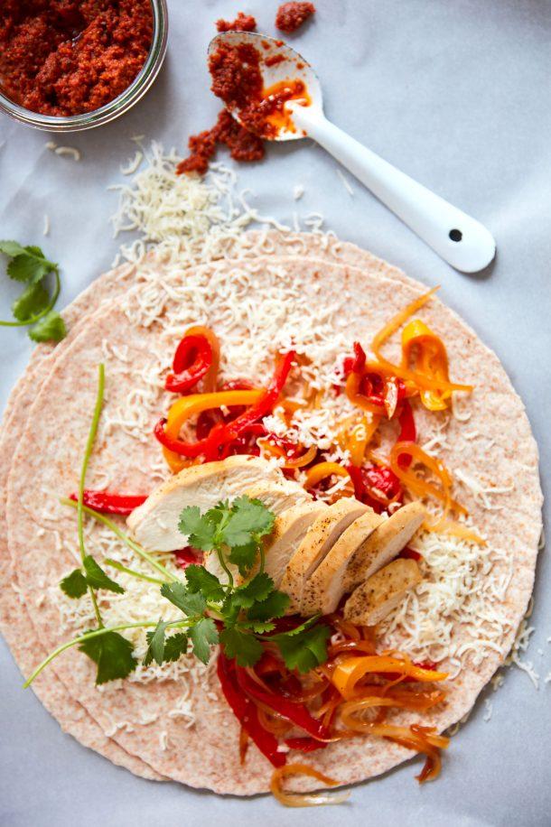 Quesadillas au poulet et légumes