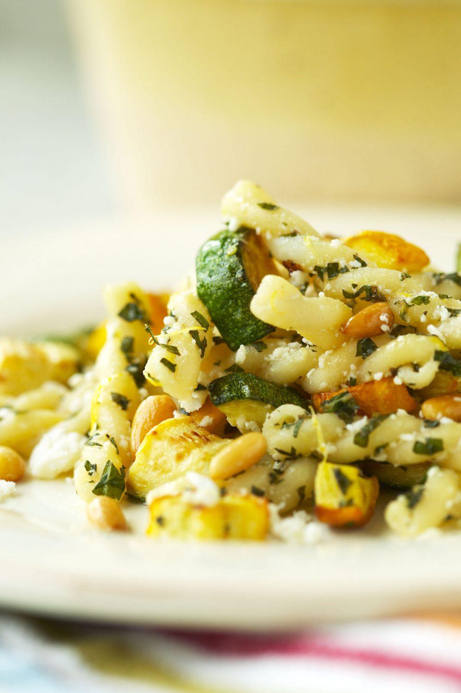 Gemelli aux zucchinis et à la feta
