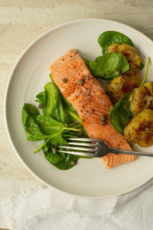 Plaque de saumon et de pommes de terre