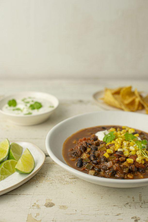 Chili végétarien aux haricots et au maïs (chili sin carne)