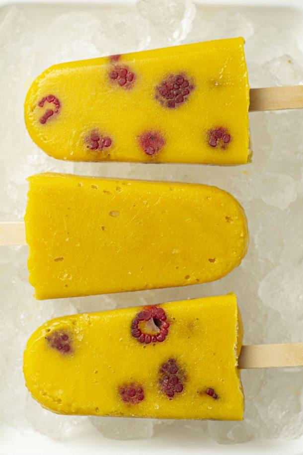 Popsicles coco-mangue