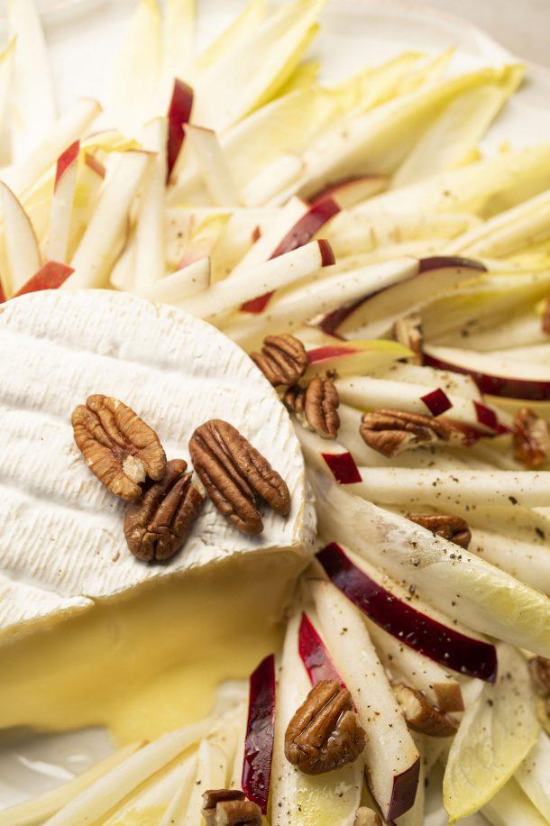 Salade d'endives, pommes et fromage