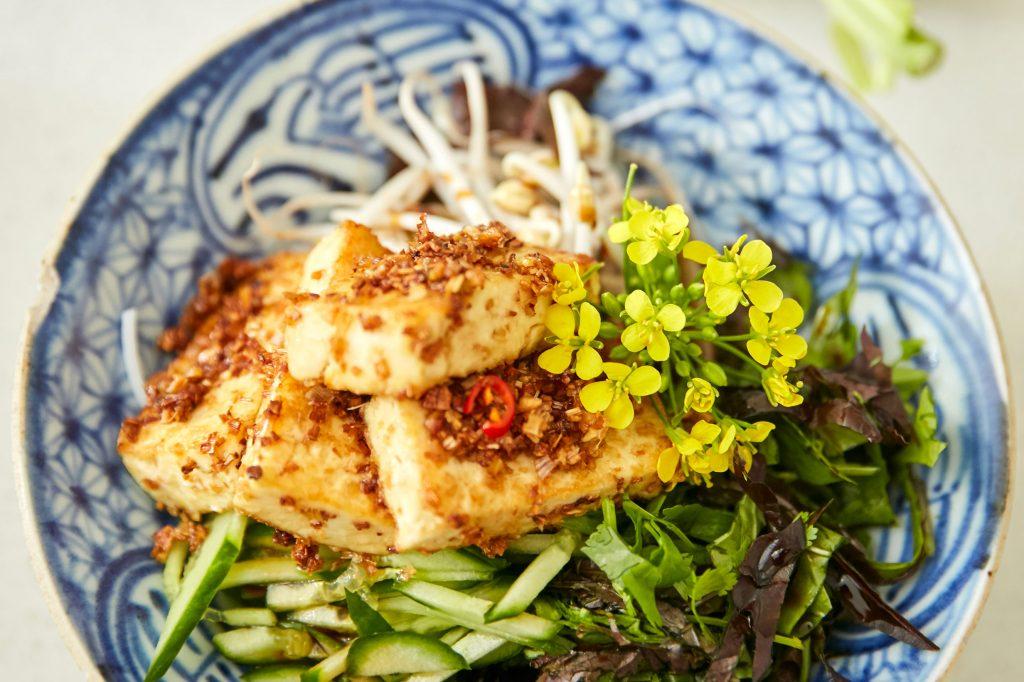 TOP 5 Recettes pour apprêter (et apprécier) le tofu