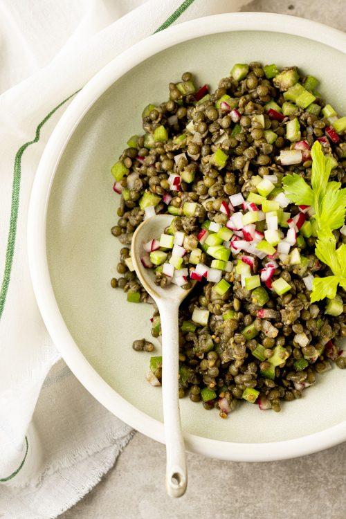 Salade de lentilles parfumée aux épices